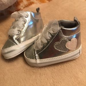 Gerber NB baby Silver shoes